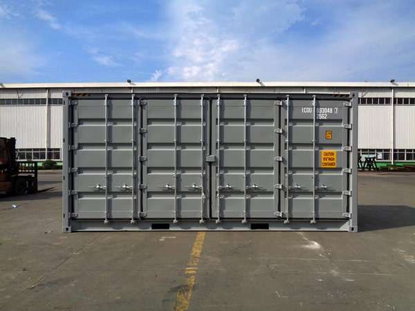 How to store goods using container hire.
